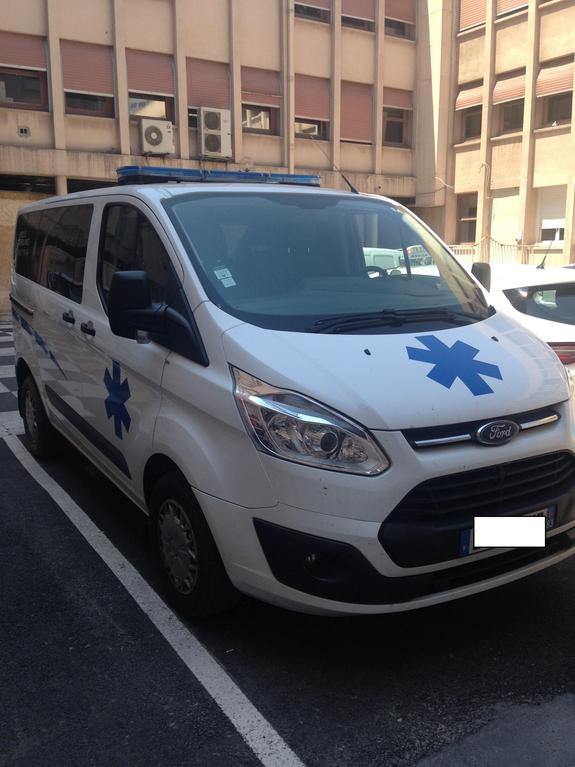 Ambulances priv es page 427 auto titre for Garage peugeot bobigny