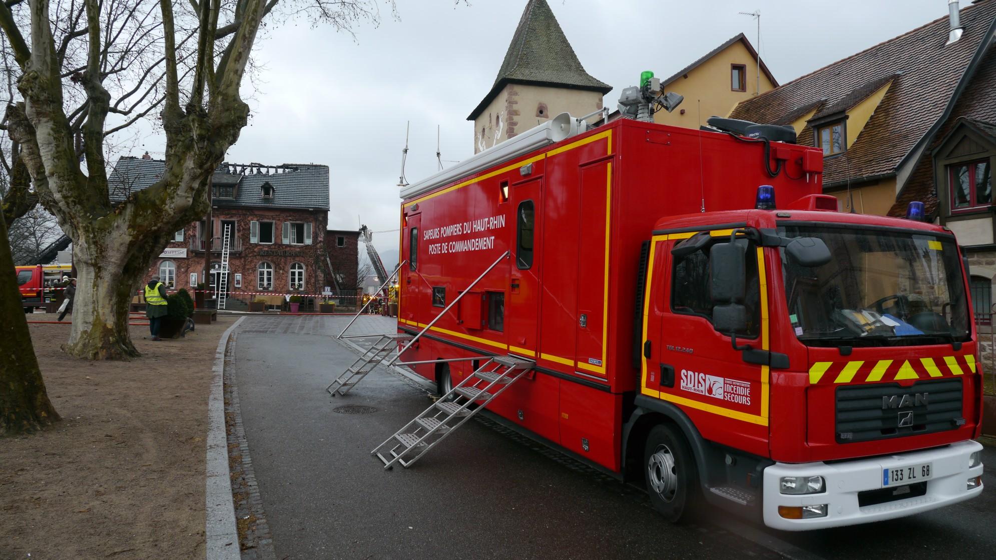 V hicules des pompiers fran ais page 1844 auto titre for Garage flagez montigny le roi incendie