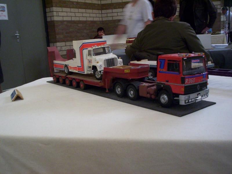 photos de maquettes camions au 1 24 auto titre. Black Bedroom Furniture Sets. Home Design Ideas