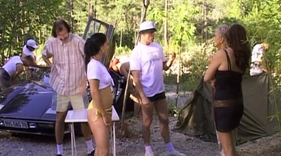 Le camping des foutriquets dudes039 camping - 2 8