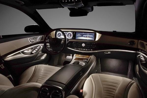 Mercedes classe s w222 2012 auto titre for Mal etre interieur
