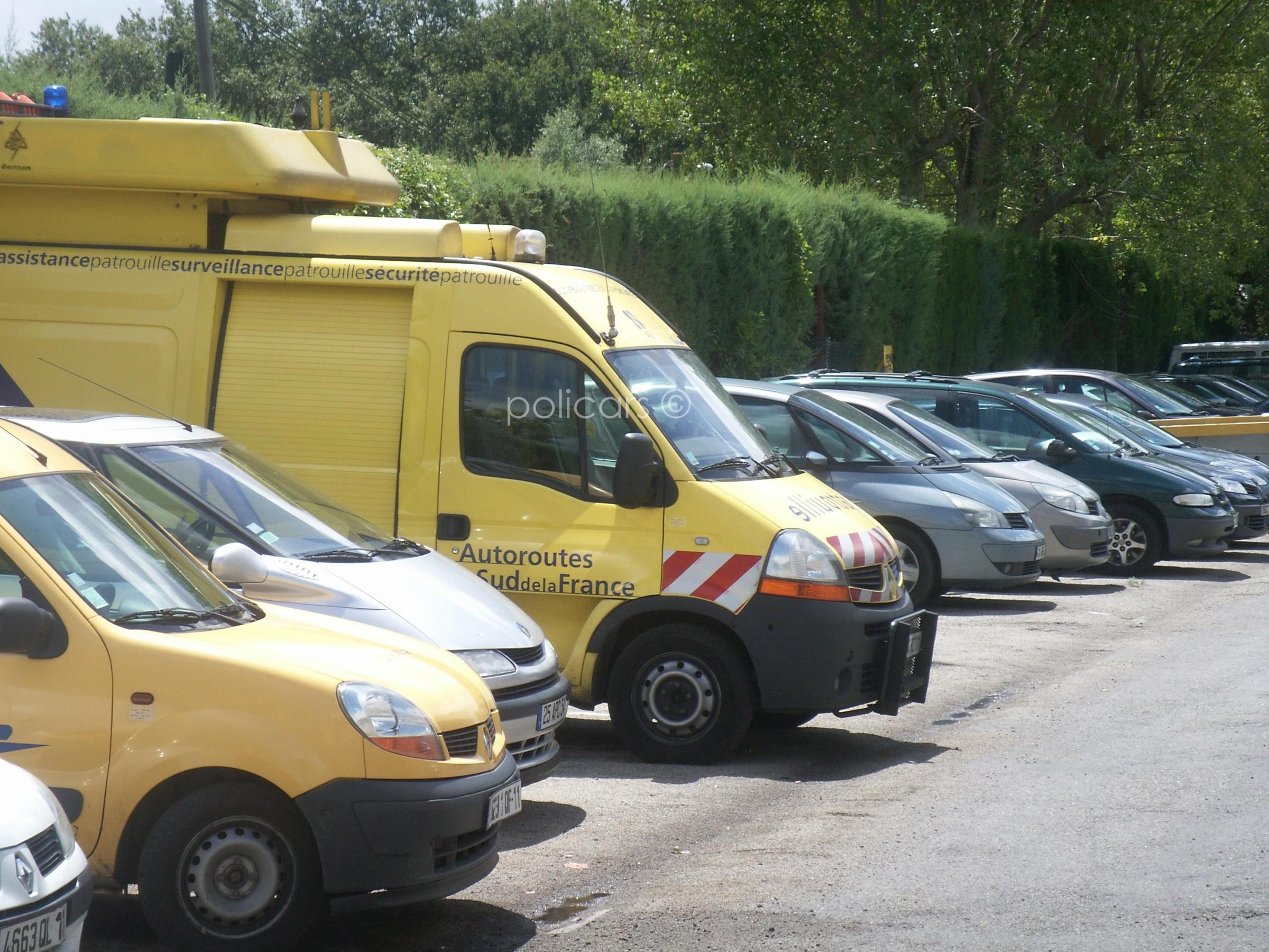Les vehicules d 39 autoroute de la dde et de la dir page 96 for Garage renault moussy le neuf