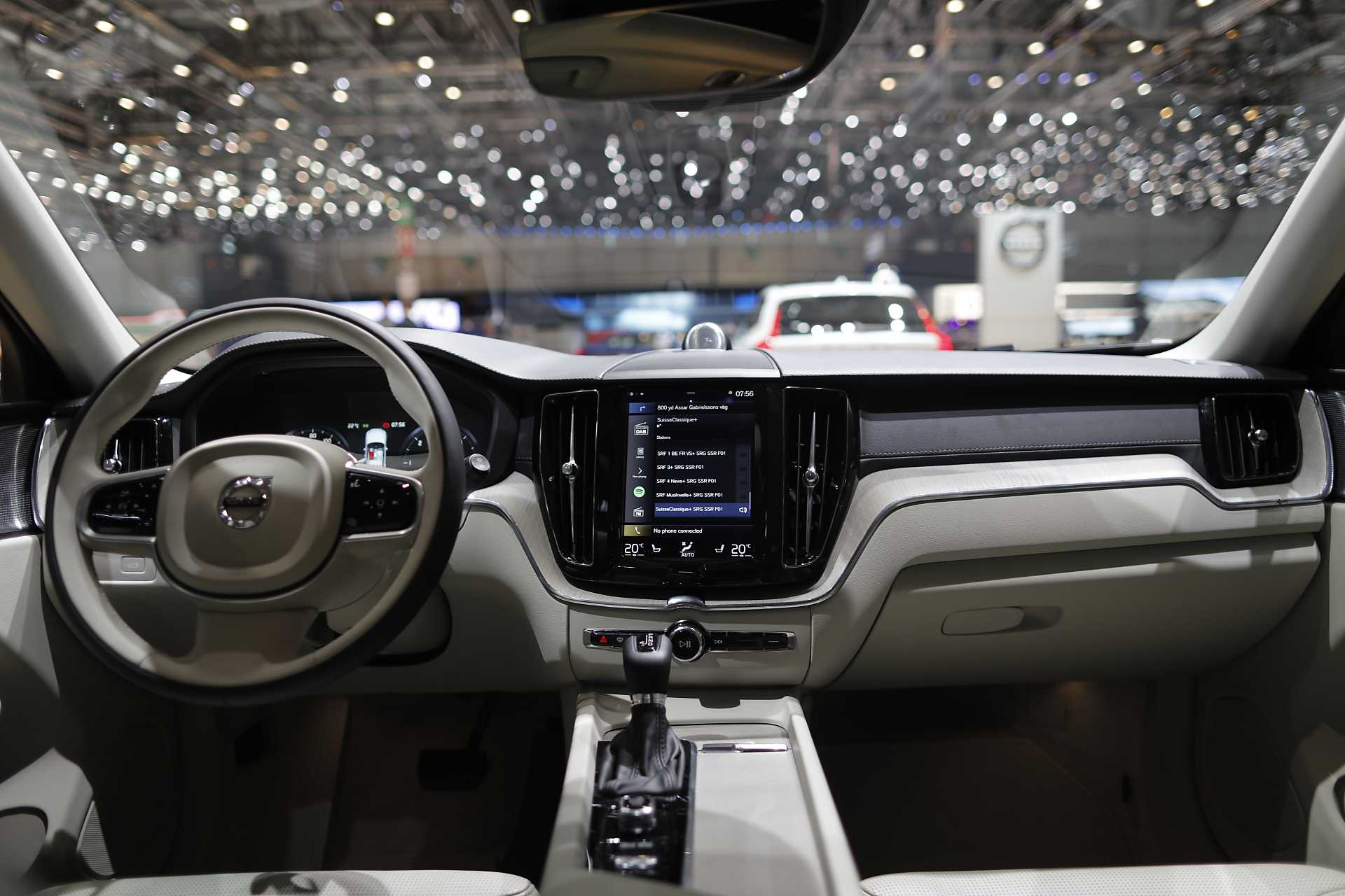 Volvo xc60 ii 2017 2024 page 5 auto titre for Interieur xc60