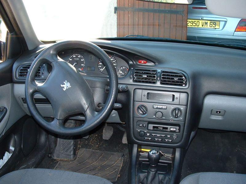 Peugeot 406 auto titre for Interieur 406