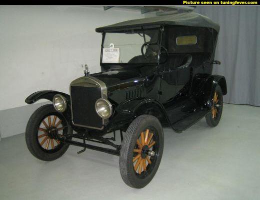 la ford t a 100 ans cette ann e auto titre. Black Bedroom Furniture Sets. Home Design Ideas