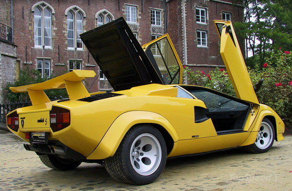 Lamborghini Countach Jaune Idee D Image De Voiture