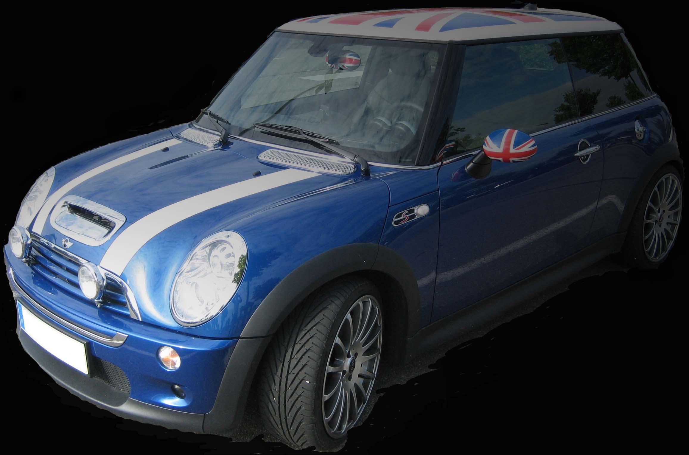 photo d 39 une mini cooper s bleu avec drapeau anglais sur le toit auto titre. Black Bedroom Furniture Sets. Home Design Ideas