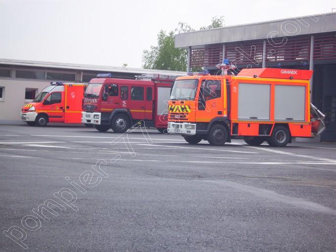 V hicules des pompiers fran ais page 551 auto titre for Garage auto provins