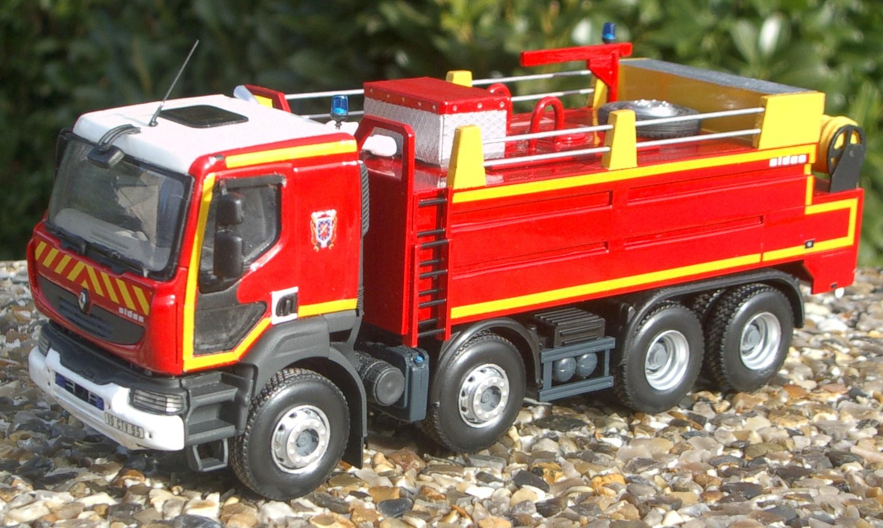 miniature vehicules sapeurs pompiers auto titre. Black Bedroom Furniture Sets. Home Design Ideas