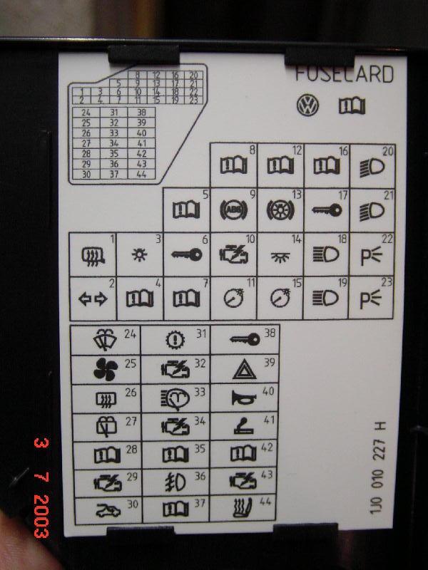 tiens bah l 39 ordinateur de bord ne fonctionne plus auto. Black Bedroom Furniture Sets. Home Design Ideas
