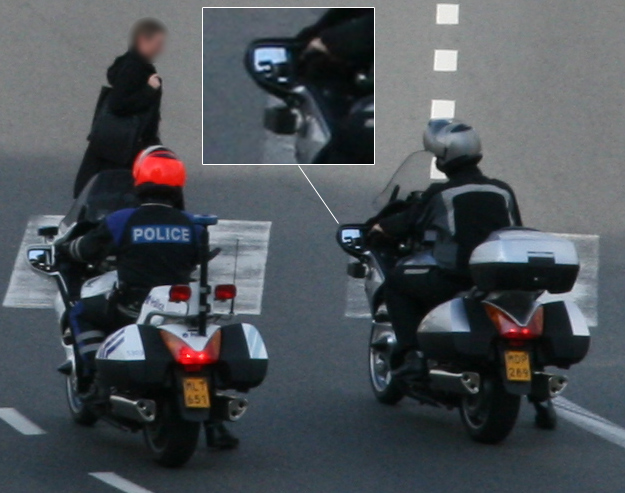 moto de police banalis e avec camera photos belgique namur auto titre. Black Bedroom Furniture Sets. Home Design Ideas