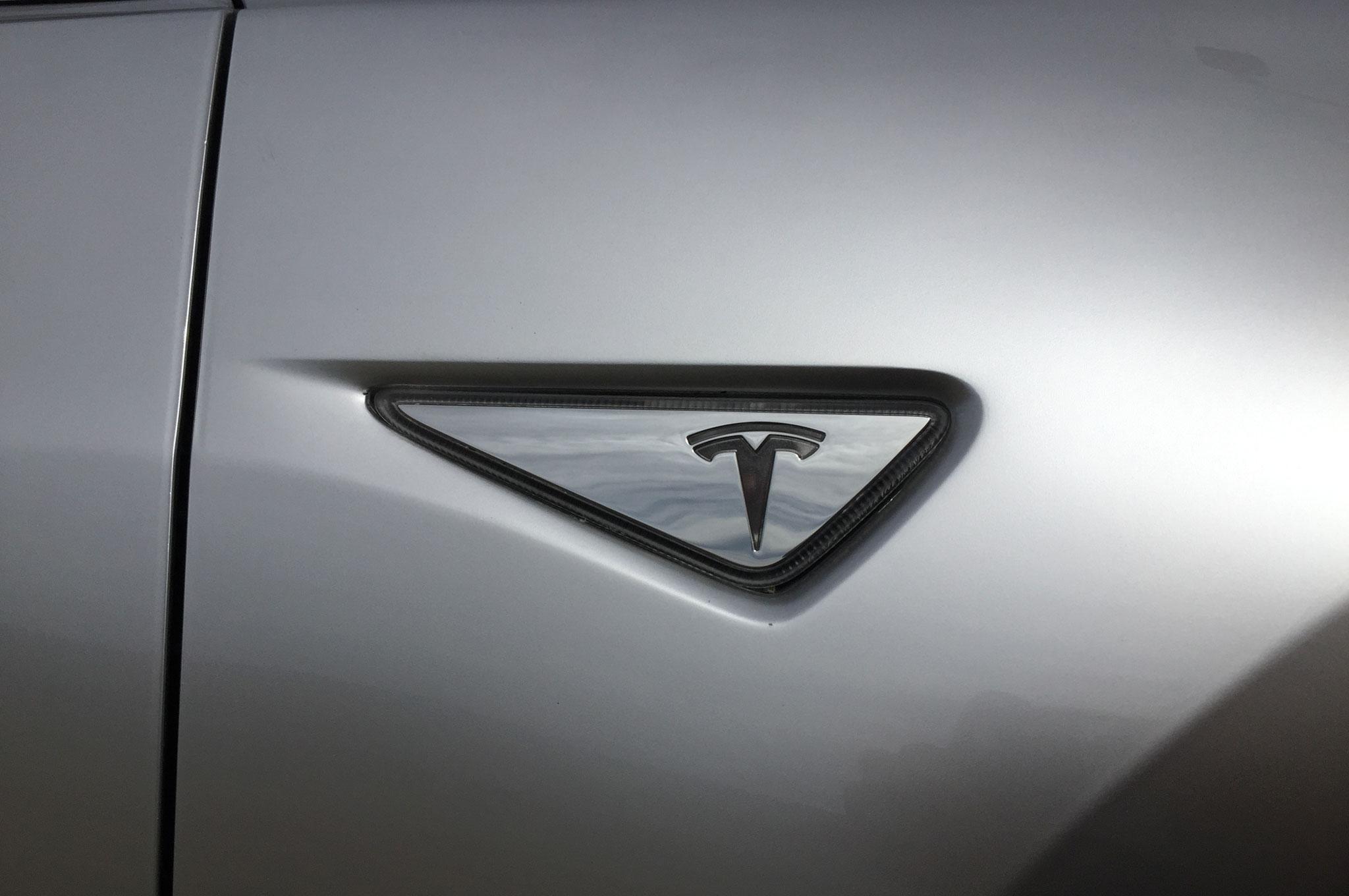 Tesla model 3 2017 202x auto titre for Interieur tesla