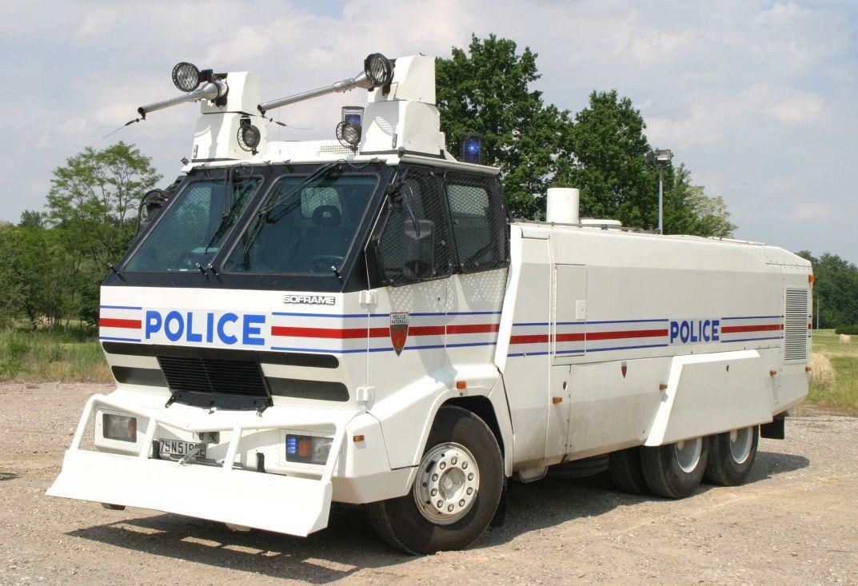 photos de voitures de police page 140 auto titre. Black Bedroom Furniture Sets. Home Design Ideas