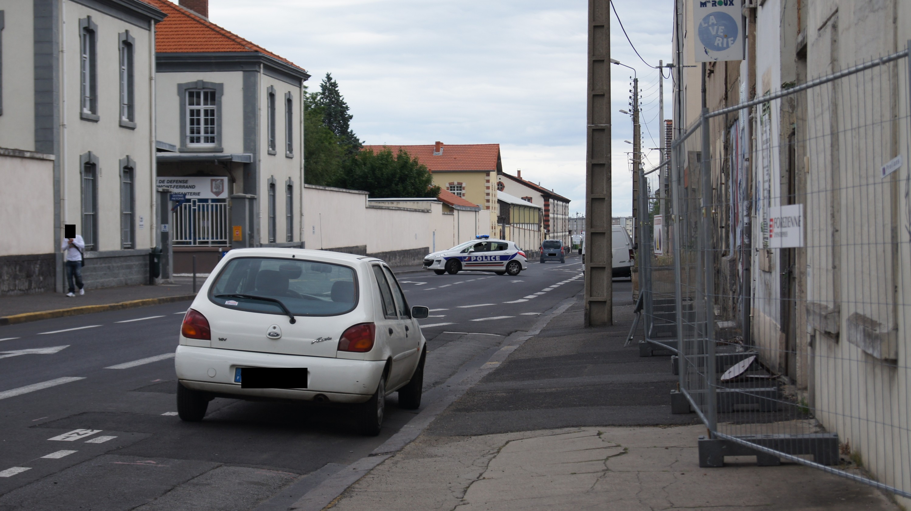 photos de voitures de police page 1761 auto titre. Black Bedroom Furniture Sets. Home Design Ideas
