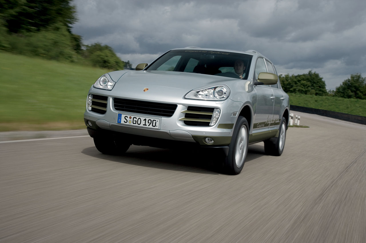 porsche cayenne hybride pour 2009 auto titre. Black Bedroom Furniture Sets. Home Design Ideas