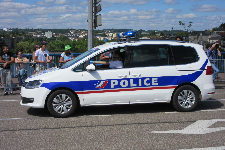 photos de voitures de police page 2420 auto titre. Black Bedroom Furniture Sets. Home Design Ideas