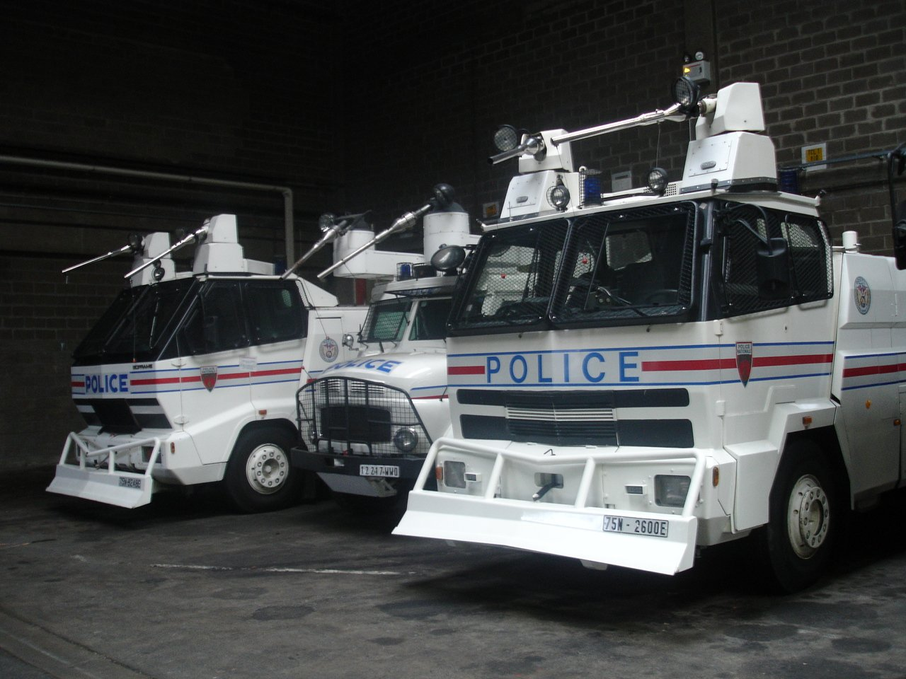 photos de voitures de police page 1143 auto titre. Black Bedroom Furniture Sets. Home Design Ideas