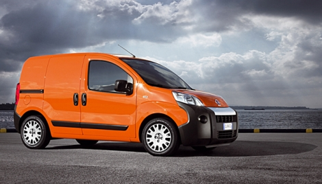 nouveaux fiat fiorino citro n nemo peugeot bipper auto titre. Black Bedroom Furniture Sets. Home Design Ideas