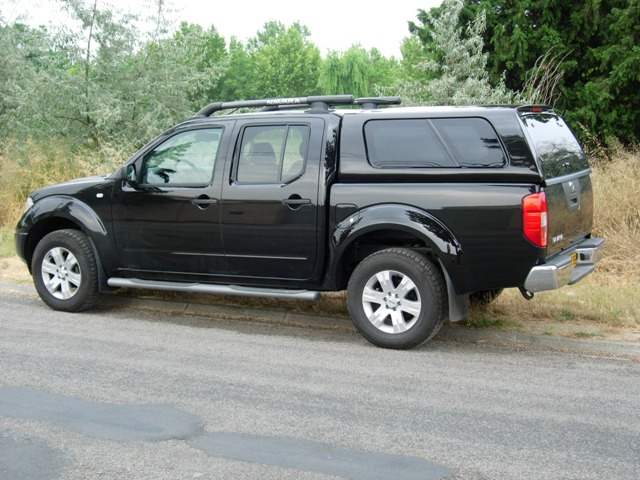 hard top nissan navara double cabine occasion. Black Bedroom Furniture Sets. Home Design Ideas