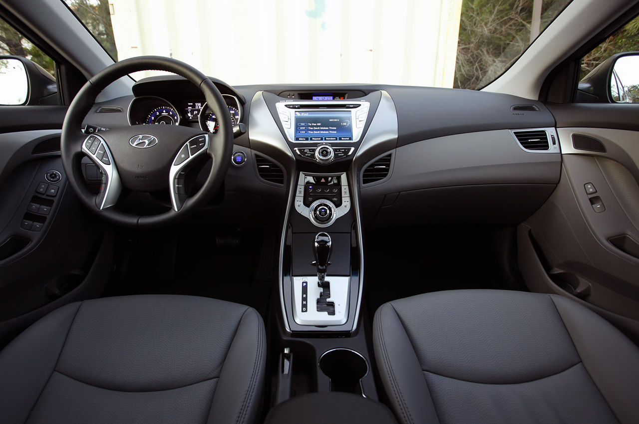 Hyundai Elantra Auto Titre