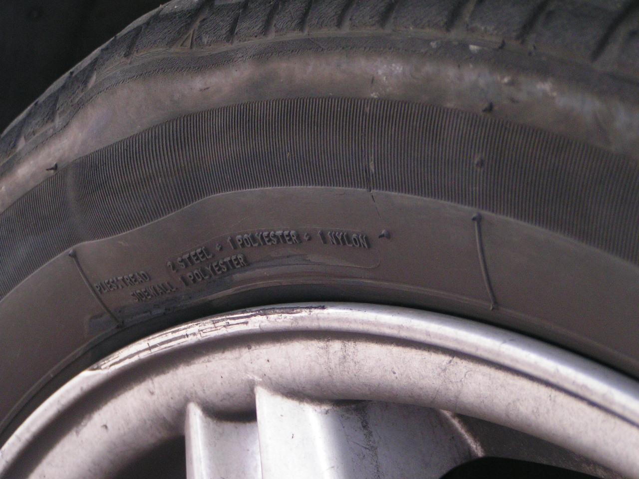 hernie sur pneu auto titre
