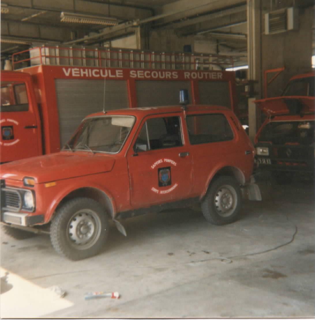 V hicule de pompier ancien page 255 auto titre for Garage mercedes frejus