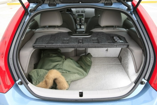 scoop photos de la nouvelle volvo c70 cc page 2 auto titre. Black Bedroom Furniture Sets. Home Design Ideas