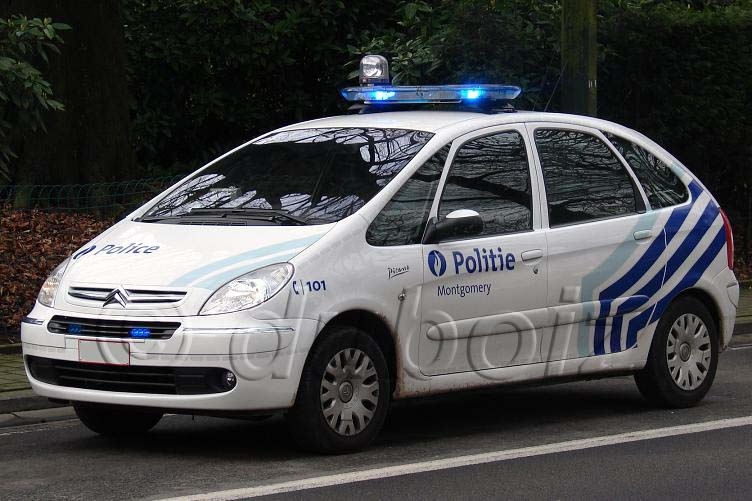 [Photos] Les citroen de la police 63cba8edf9