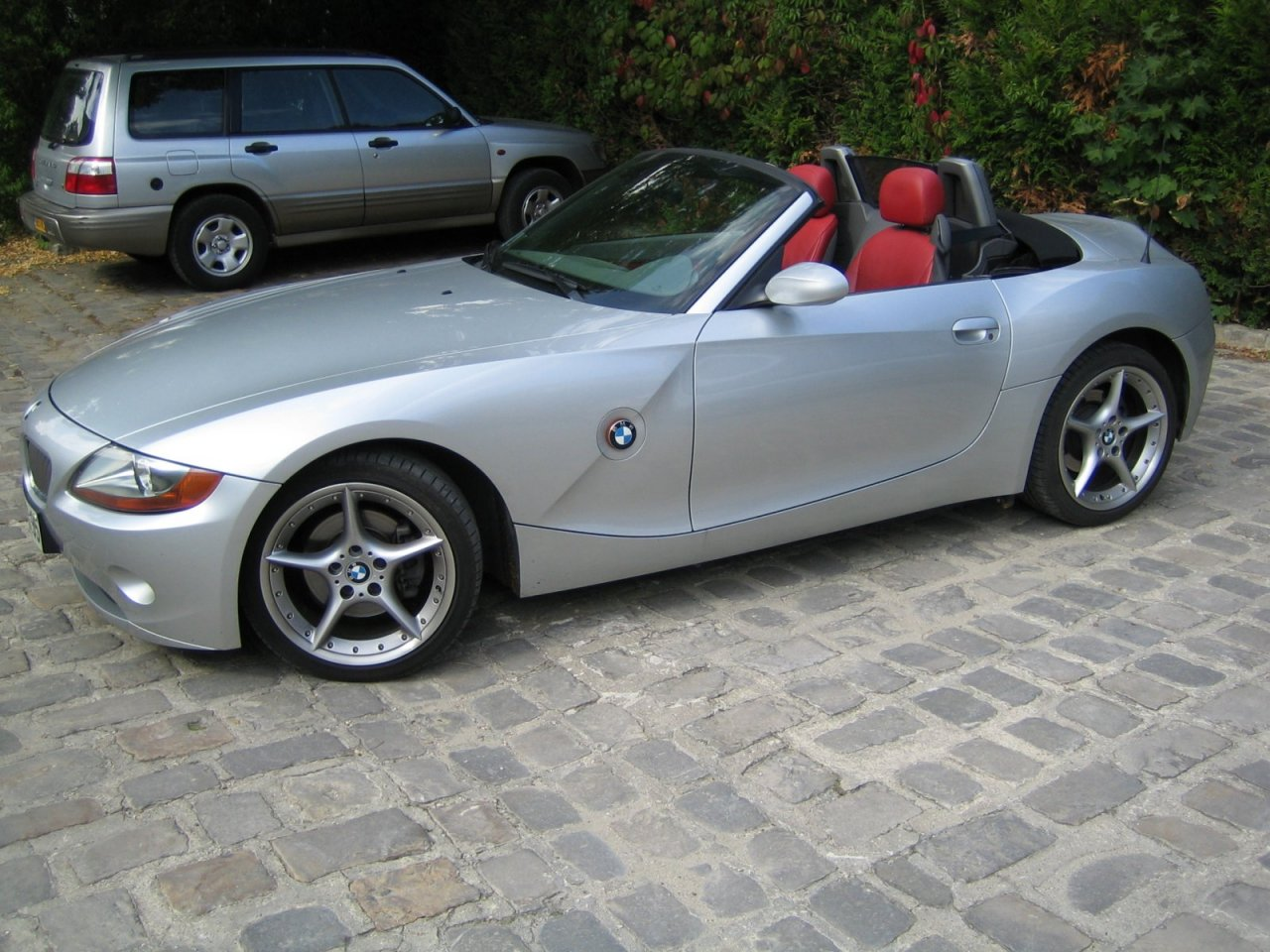 clignotant blanc sur bmw z4 auto titre. Black Bedroom Furniture Sets. Home Design Ideas