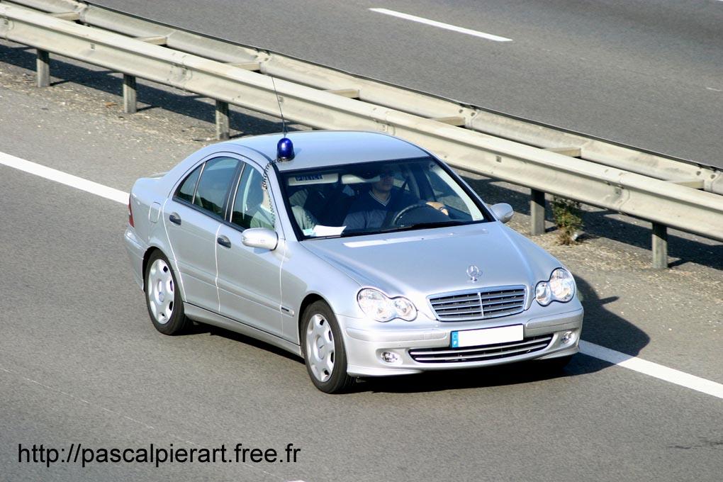 photos de voitures de police page 1491 auto titre. Black Bedroom Furniture Sets. Home Design Ideas