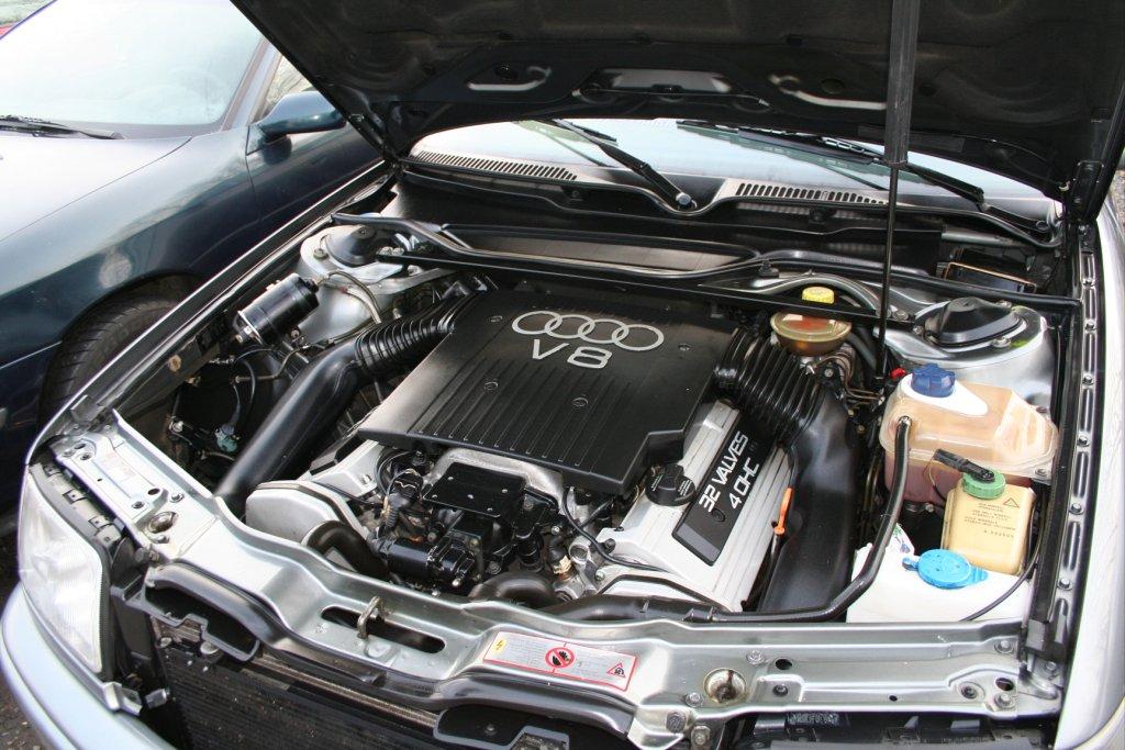Audi 100 S4 4 2 V8 Auto Titre