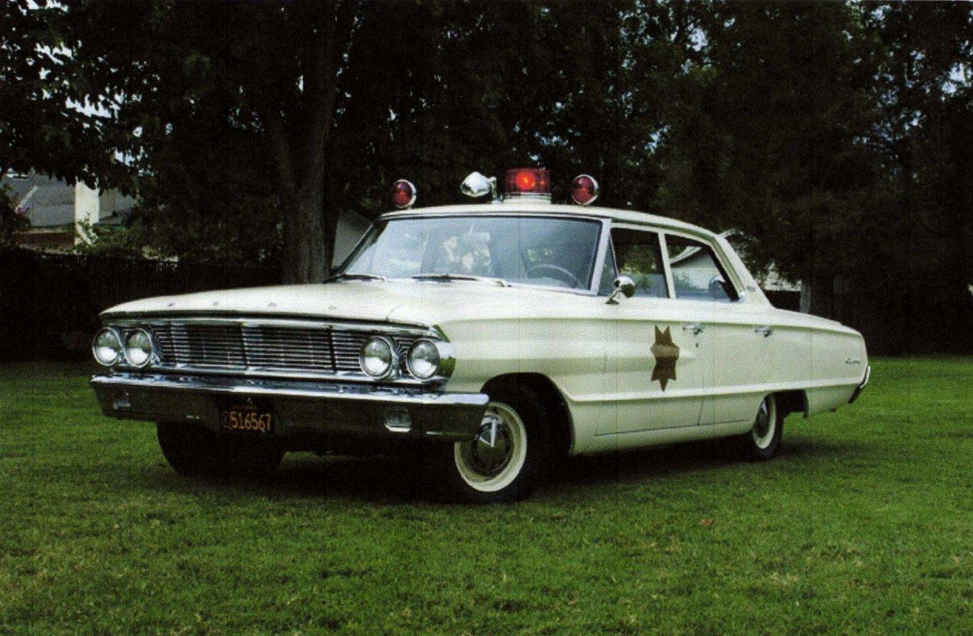 photos de voitures de police page 1137 auto titre. Black Bedroom Furniture Sets. Home Design Ideas
