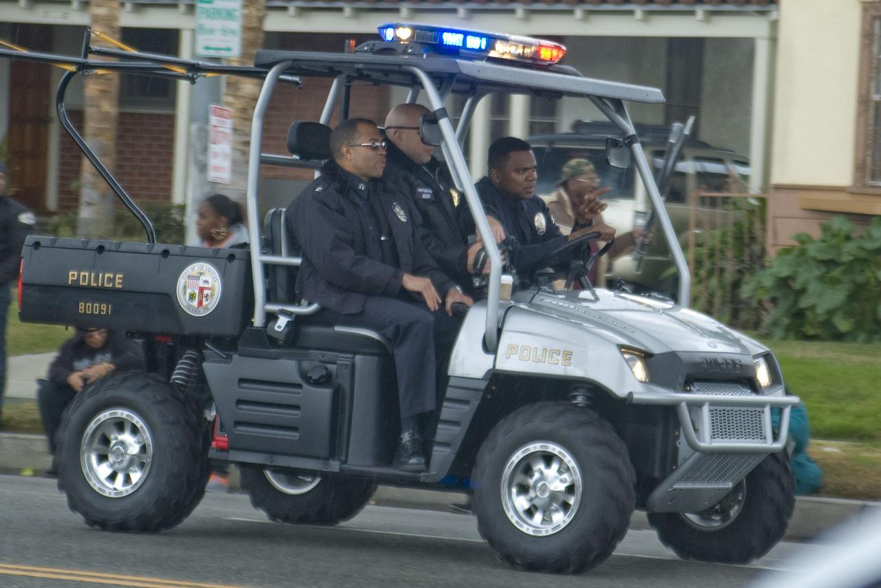 photos de voitures de police page 862 auto titre. Black Bedroom Furniture Sets. Home Design Ideas