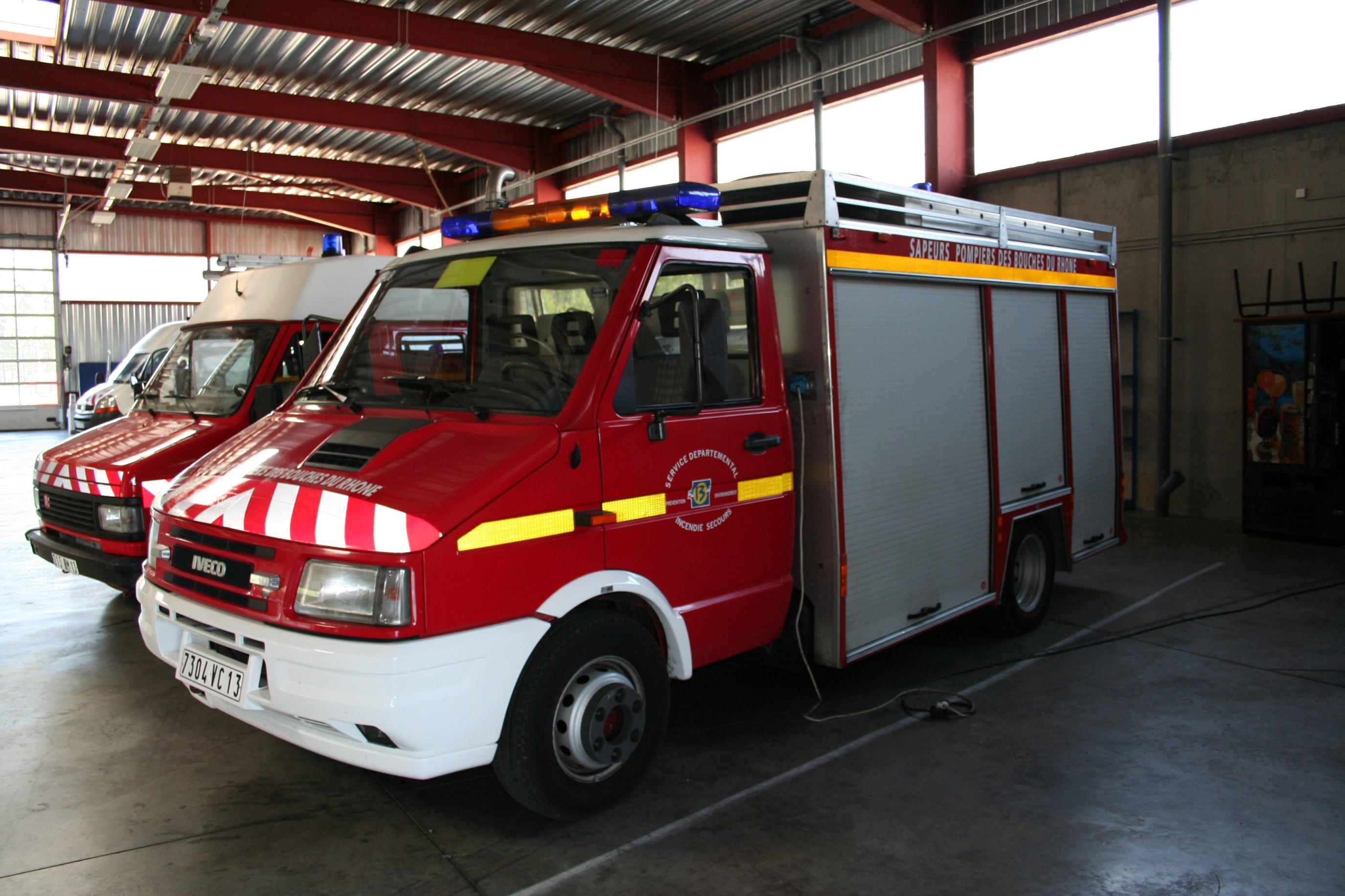 V 233 Hicules Des Pompiers Fran 231 Ais Page 219 Auto Titre