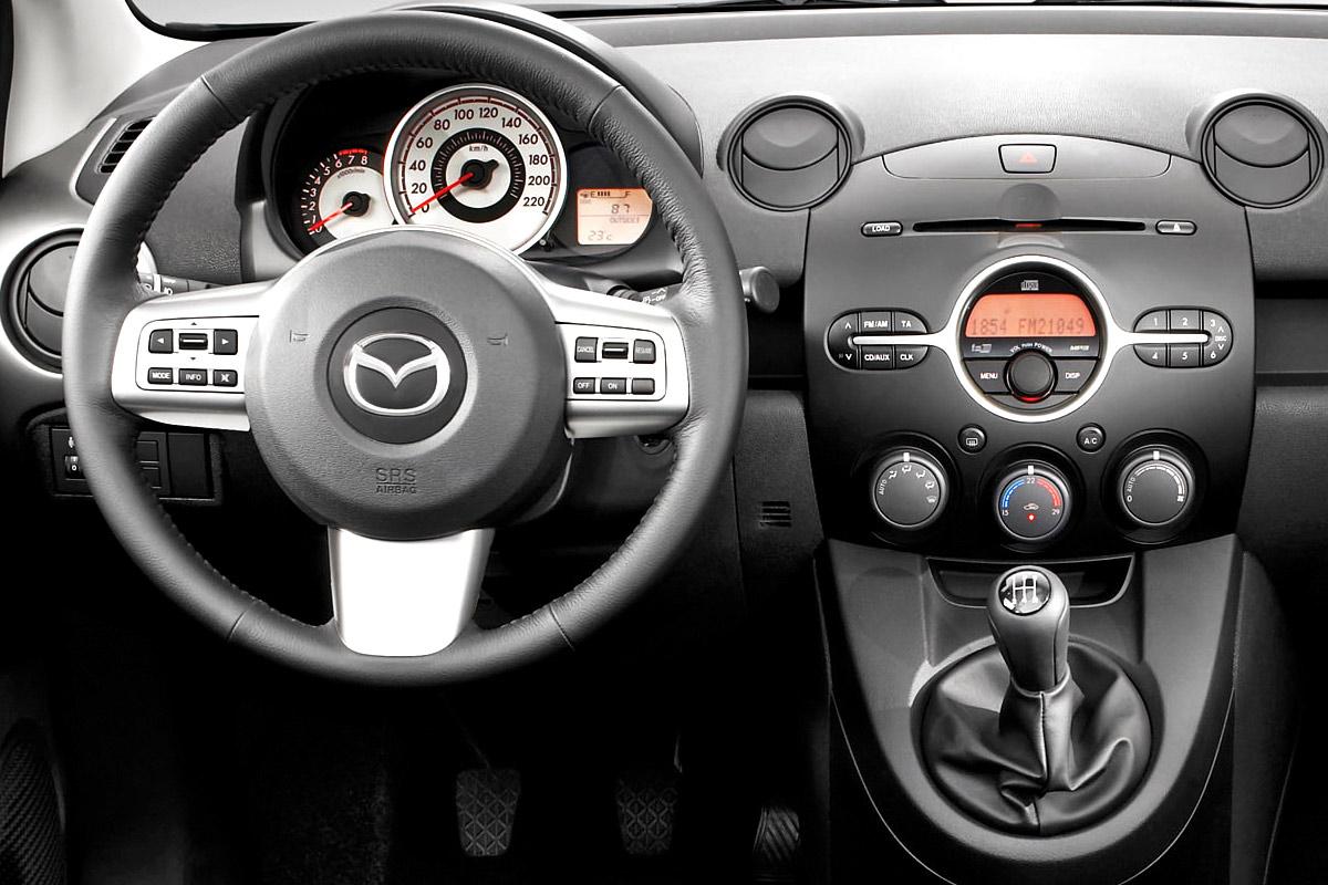forum mazda 2 ii 2007 3p 5p 4p sedan auto titre. Black Bedroom Furniture Sets. Home Design Ideas