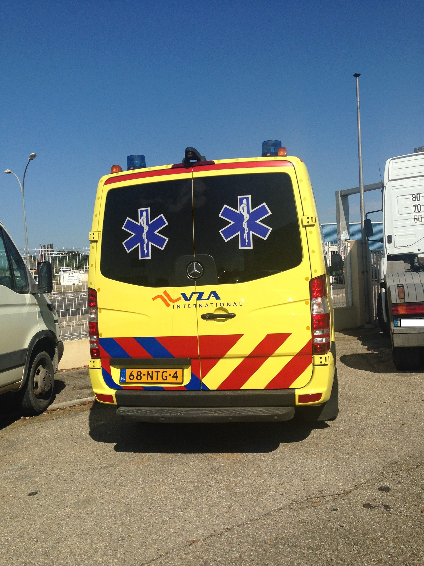 Ambulances priv es page 425 auto titre for Garage ford avignon cap sud