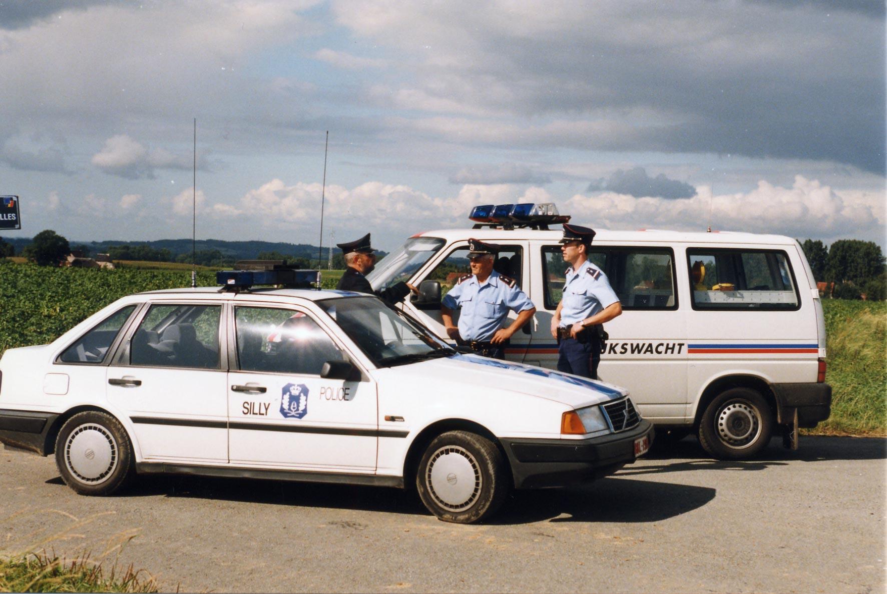 photos de voitures de police - page 233