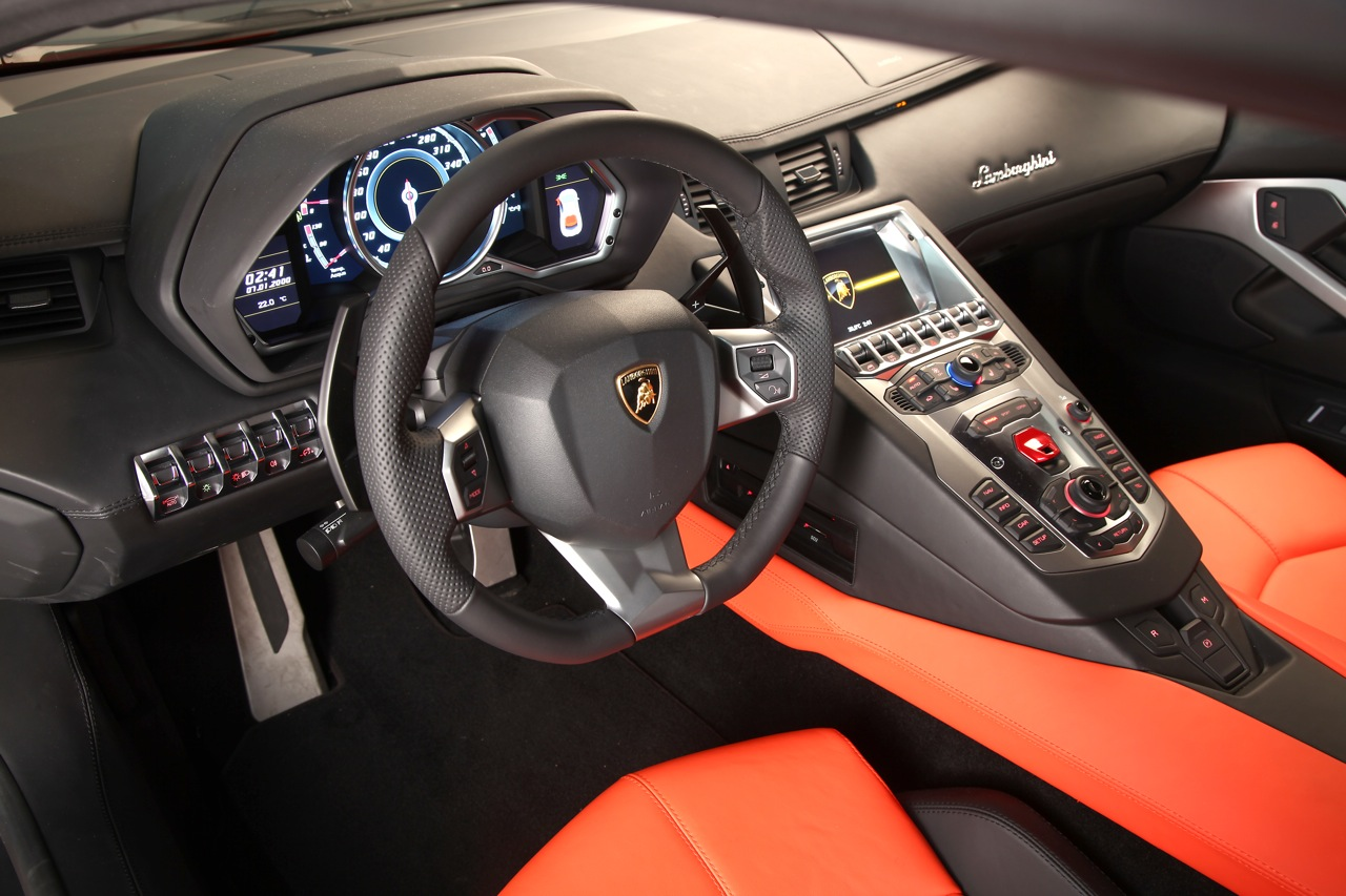 lamborghini aventador lp700 4 auto titre. Black Bedroom Furniture Sets. Home Design Ideas