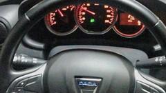 Dacia Duster (2017) : une photo du volant du futur Duster 2 ?
