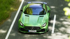 Mercedes AMG GT R : Verte de rage, l'AMG GT R