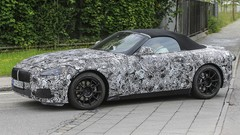 BMW Z4 2018 : Le futur Z4 enchaîne les kilomètres