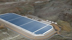 Tesla : la Gigafactory ouvre ses portes