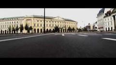 Arrinera Hussarya GT dans les rues de Varsovie