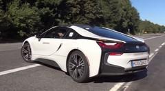 La BMW i8 Spyder se frotte au Nürburgring