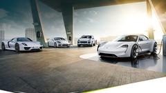 Porsche fait la promotion de ses autos hybrides et électriques