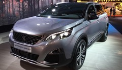 Peugeot 5008 (2017) : deux visages pour le grand SUV à 7 places