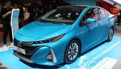 Toyota Prius hybride rechargeable : branchée
