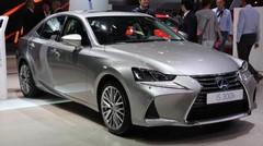 Lexus IS restylée : l'originalité cultivée