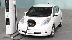 Voiture électrique : des bornes de recharge tous les 80 kilomètres