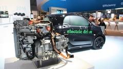 Daimler sonne la charge sur la voiture électrique